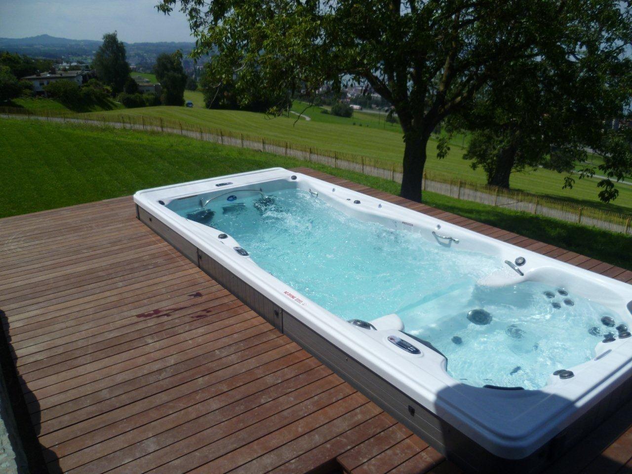 ingebouwde zwemspa in tuinterras zwemspa swimspa. Black Bedroom Furniture Sets. Home Design Ideas