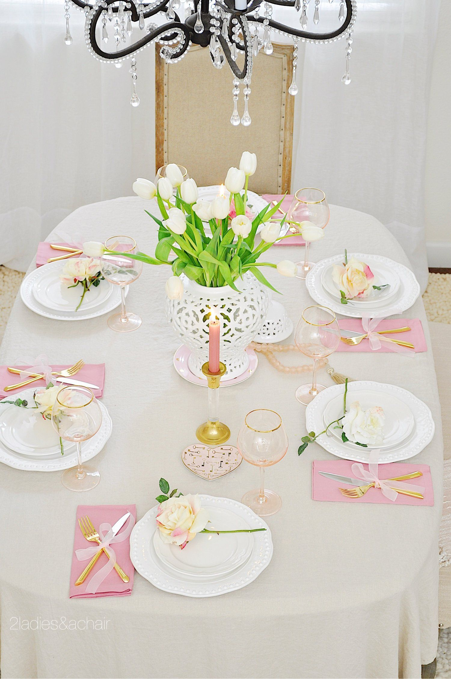 Tips for Creating a Romantic Valentine's Day Table ...