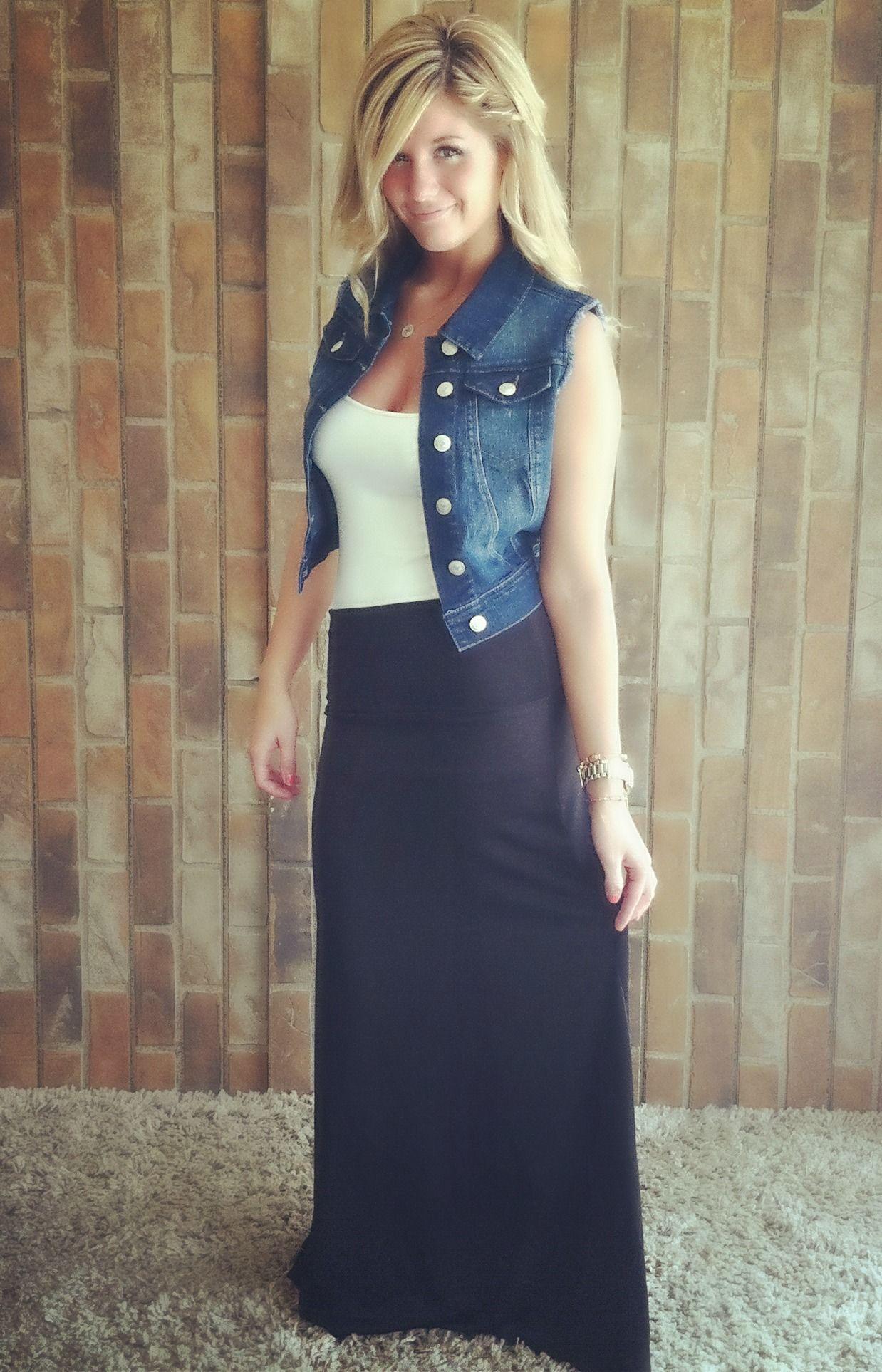 Denim vest, maxi skirt. all the rage this season! Fashion:dress ...
