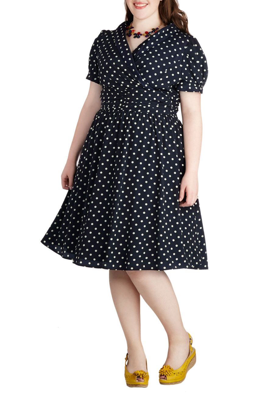 conversation over cocktails dress in navy - plus size | modcloth
