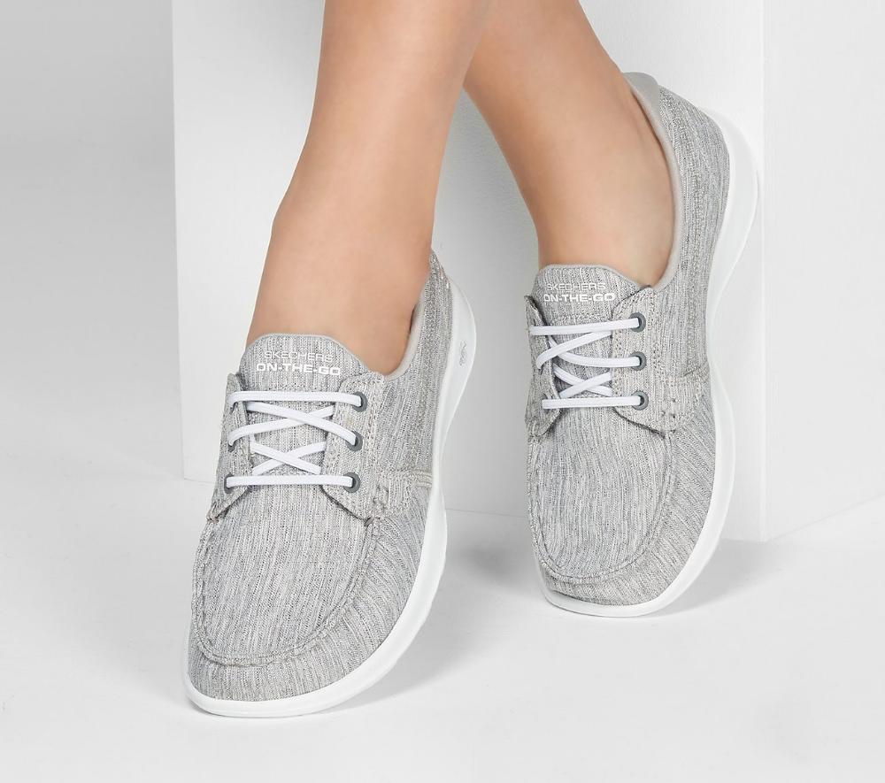 Skechers, Skechers women, Fabric shoes