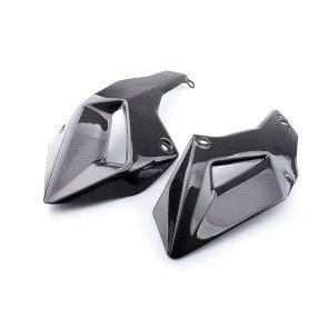 Kit laterali puntale in #carbonio - Ducati Multistrada 1200 (2010-2014).  Prodotti realizzati interamente in fibra di carbonio, con alti standard qualitativi, pronti per essere installati sulle vostre moto.