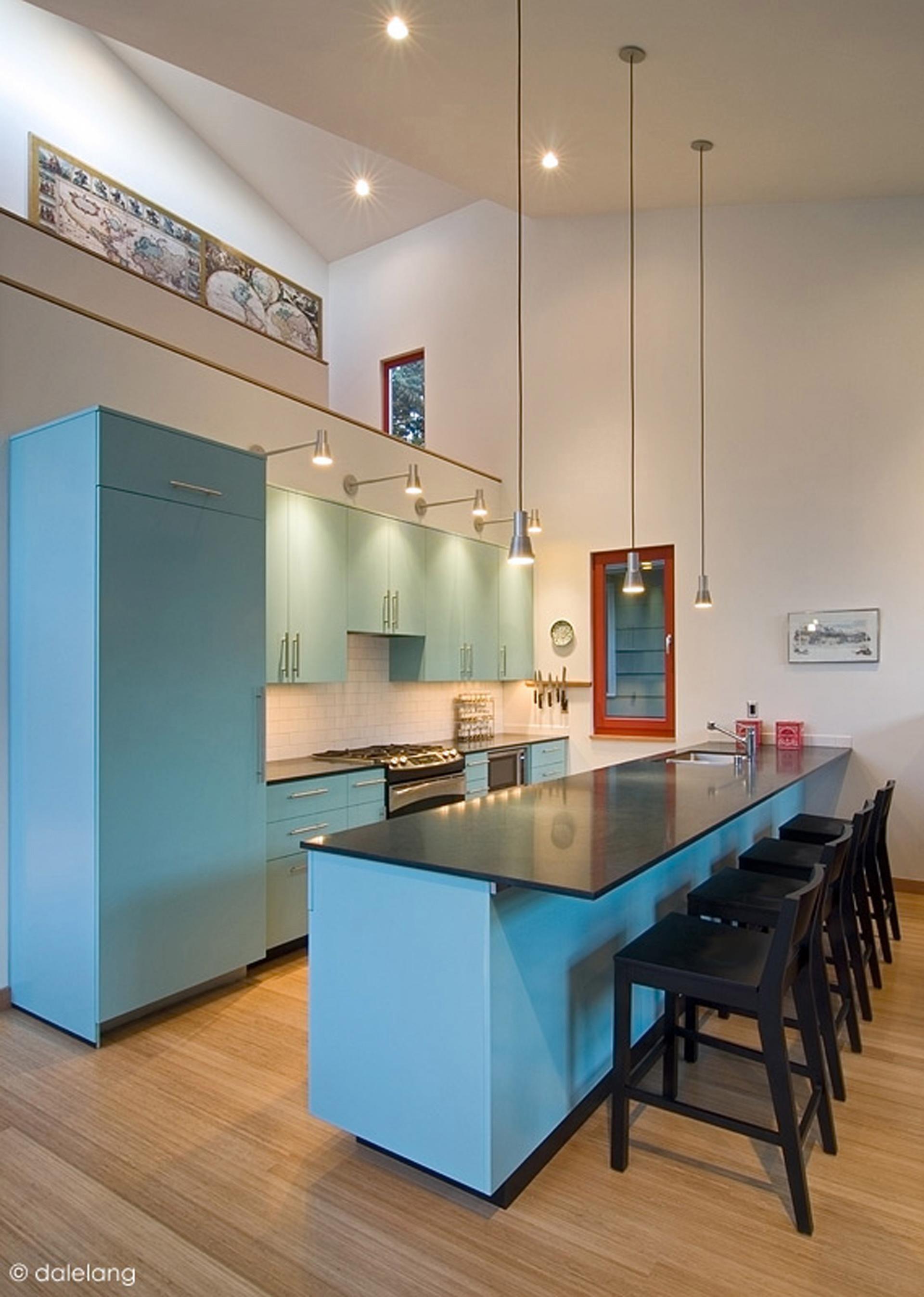 Burke Gilman House by Stettler Design and Paul Michael Davis Design by Stettler Design as Architects