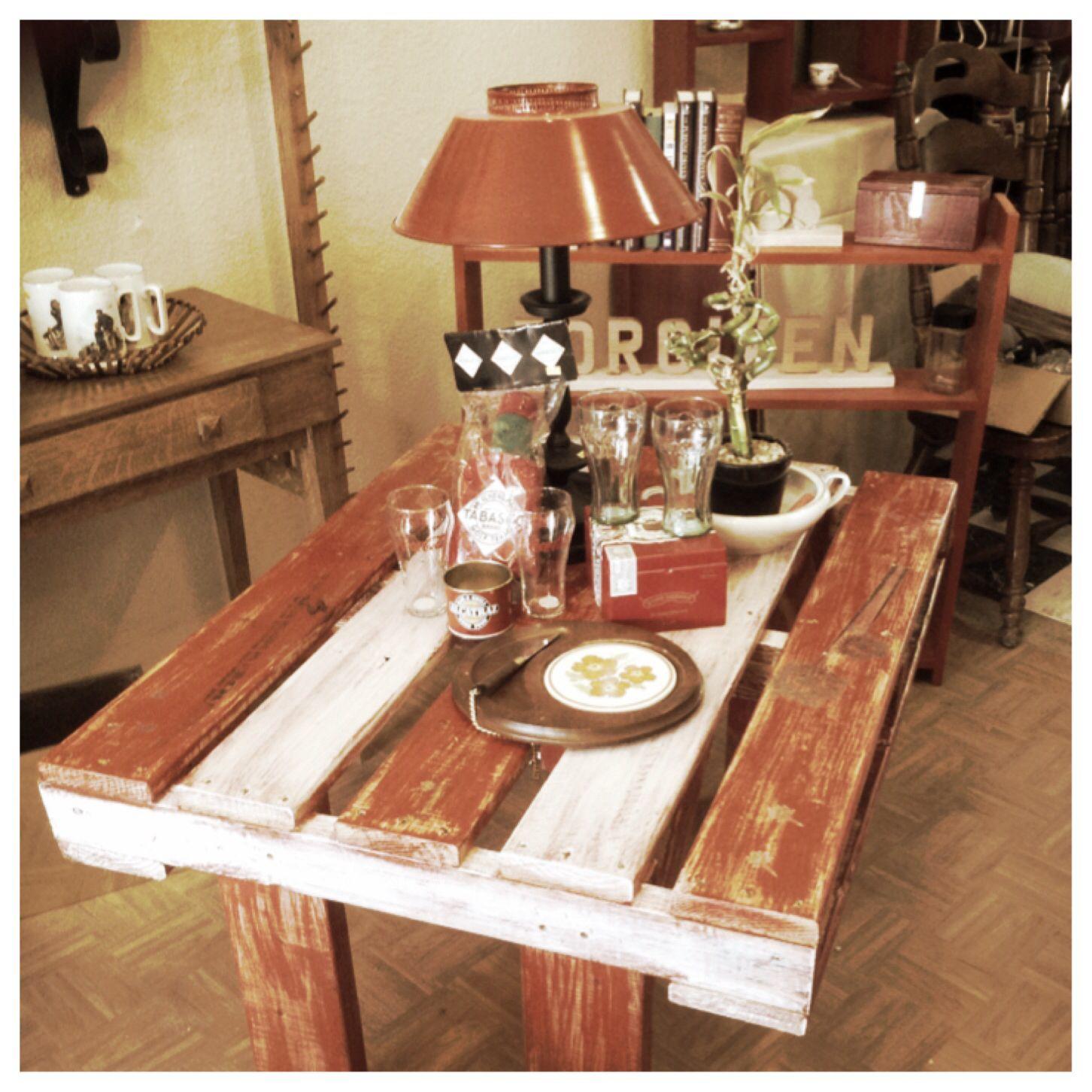 Pallet Patio Table Shop display