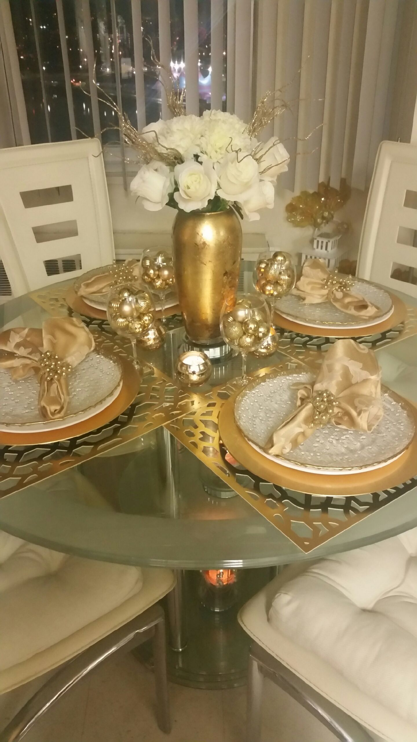 Monaco Placemat Set Of 4 Gold Color Guide Trends Z Gallerie Dinning Table Decor Dining Table Decor Dining Room Table Decor