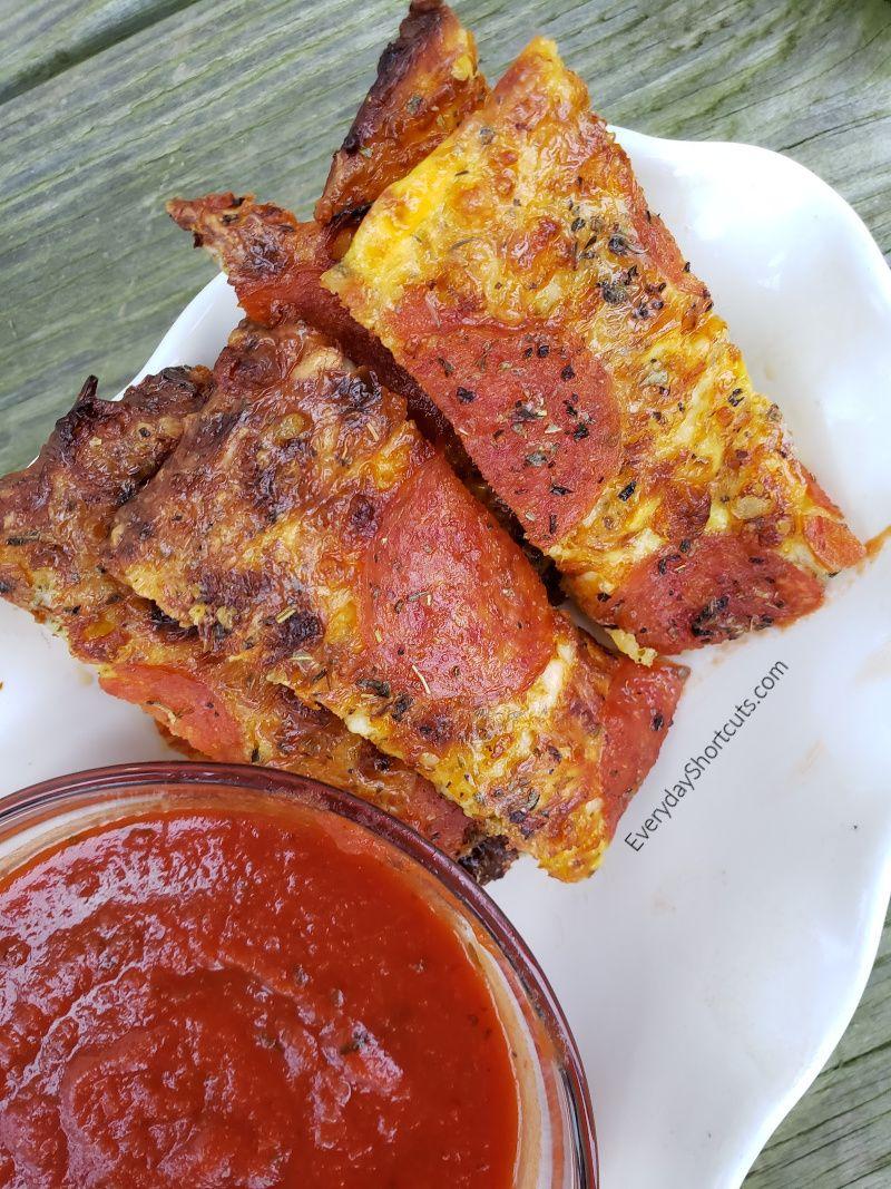 Keto Pepperoni Pizza Sticks Recipe Pizza sticks, Low