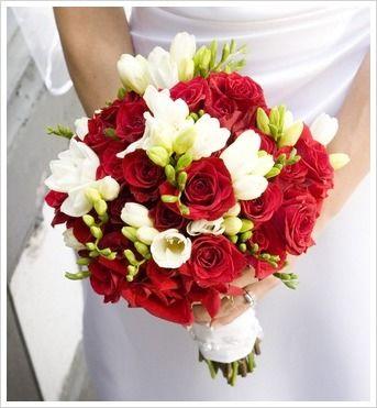 Red Beach Wedding Bouquets