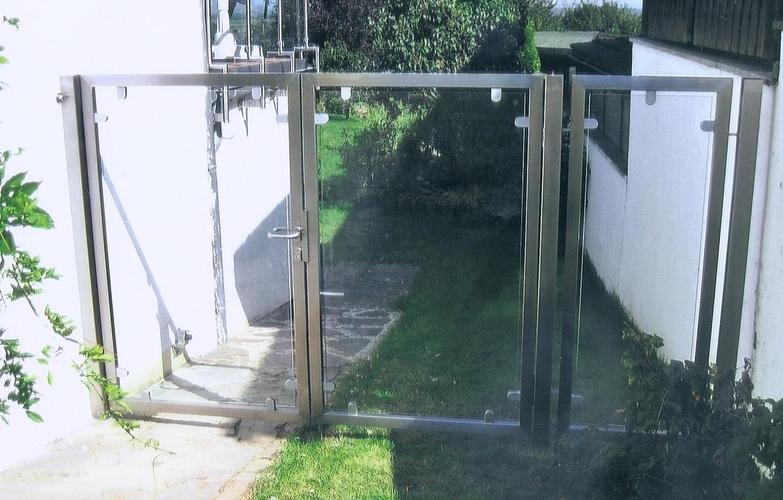 Edelstahlgartentor 2 flüglig mit Glasfüllung Bornheim