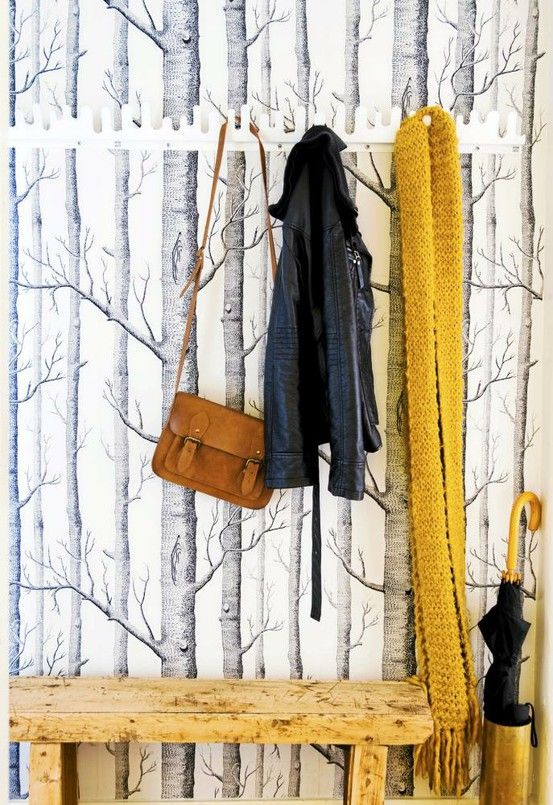 Woods on the wall paper and a wood bench lots of wood for Tapete skandinavischer stil