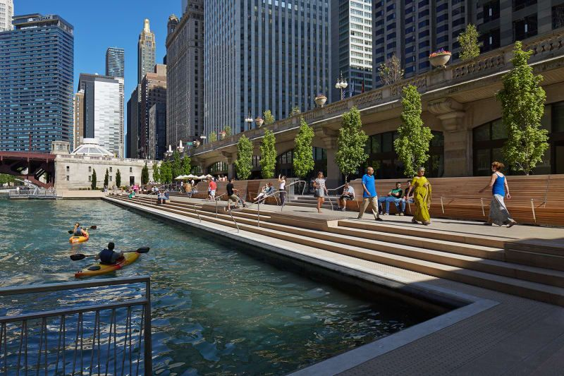 Ross Barney Architects  · Chicago Riverwalk