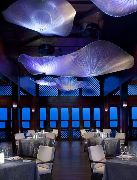 Pierchic restaurant at the al qasr hotel madinat jumeirah for Dubai hotel interior design