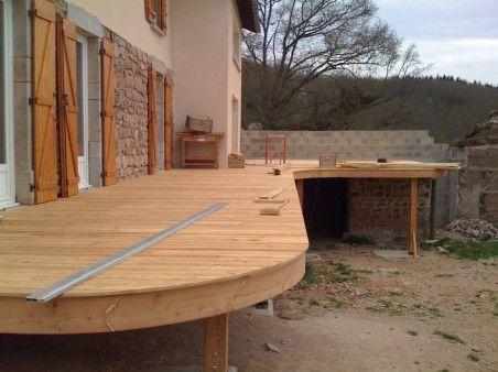 j aime le cote arrondi terrasse bois