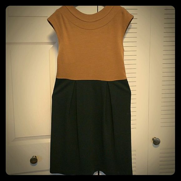 Tibi color block sheath dress EUC. Beautiful color for the fall.  Easy care. Run small fits like a 6-8. Hit a little above the knee. Make an offer for possible price drop /discounted shipping! Worn but very good condition. Tibi Dresses Midi