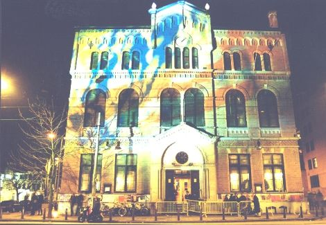 Awesome club - Over Paradiso