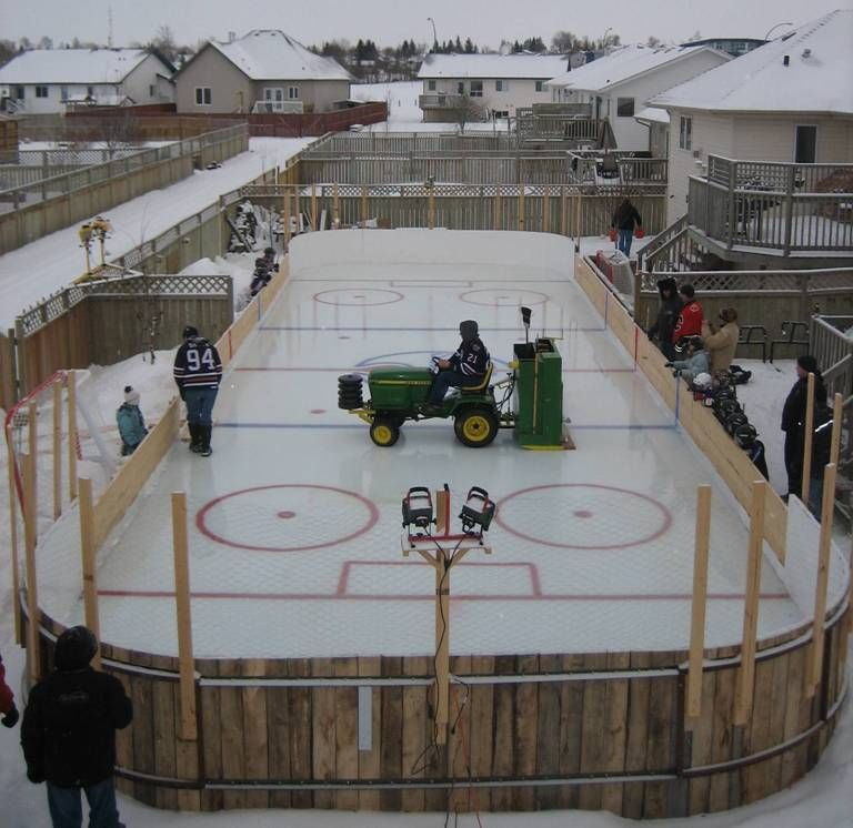Flyers Backyard Rink