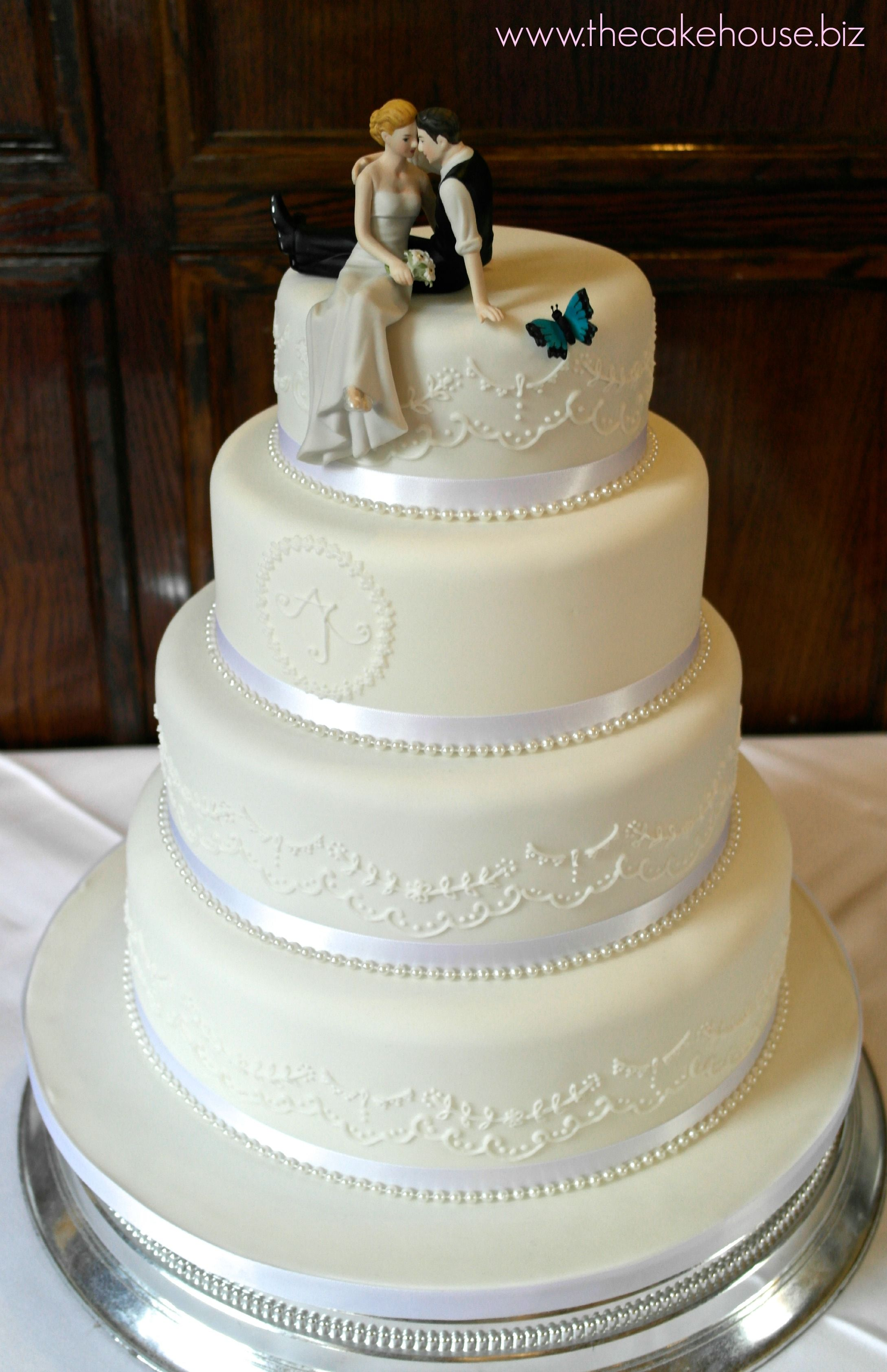 Romantic Bolivian Blue Butterfly wedding cake | Wedding Cakes by ...