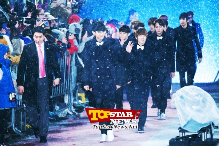 EXO-K, 'A majestic group'…2012 SBS Gayo Daejun red carpet [KPOP PHOTO] - Unique High Quality Photo News - TopstarNews.Net