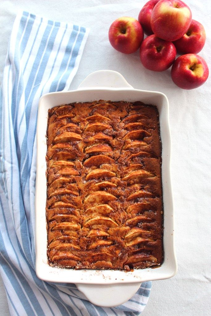 Apple, Walnuts and Honey Cake #honeycake