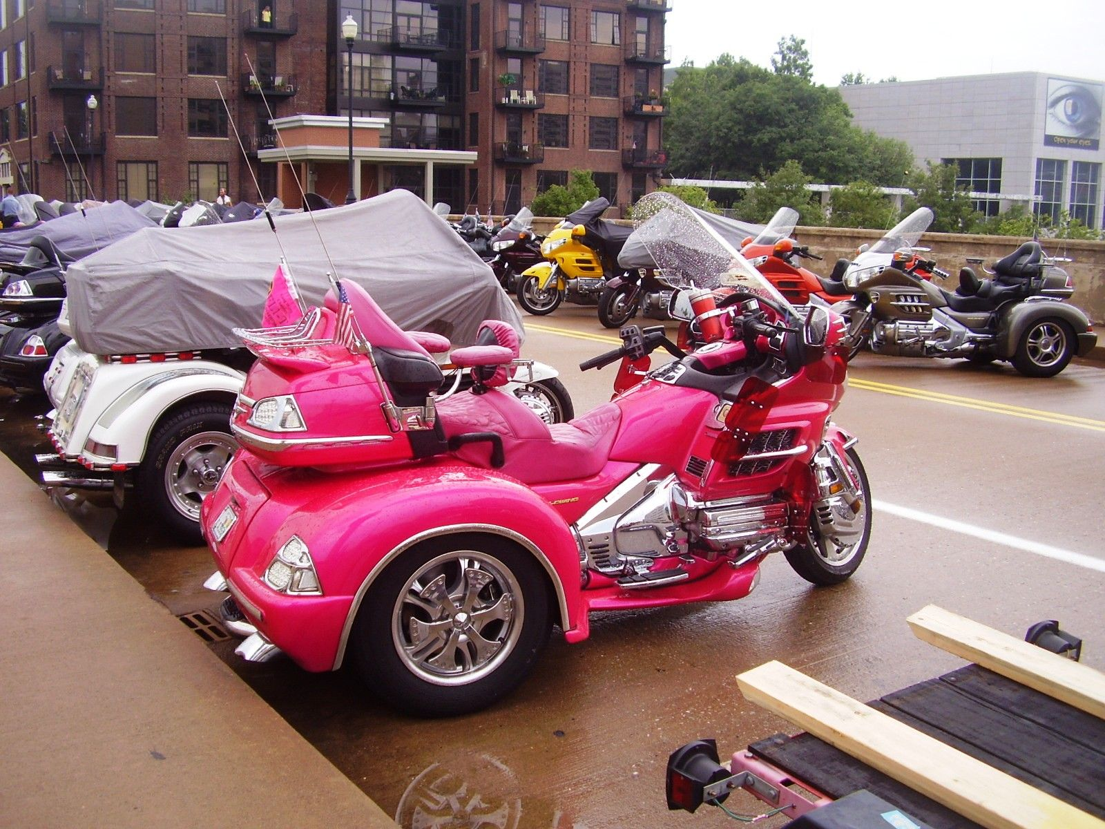 trike motorcycles pink sandi motorcycle honda goldwing harley davidson trikes purple chick trailer cars thepurpleturtle journey bad bikes af vroom