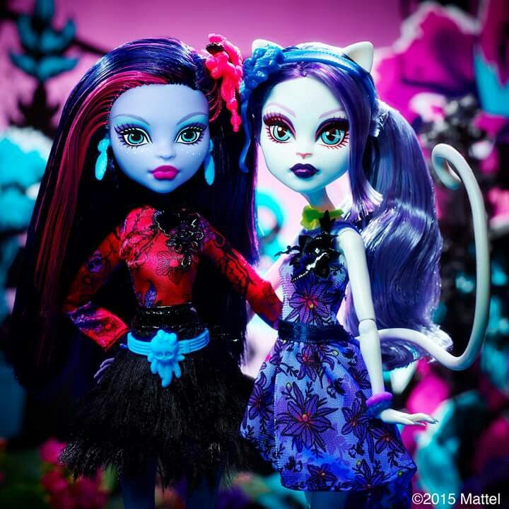 All about Monster High: Gloom and Bloom Catrine Demew and Jane Boolittle