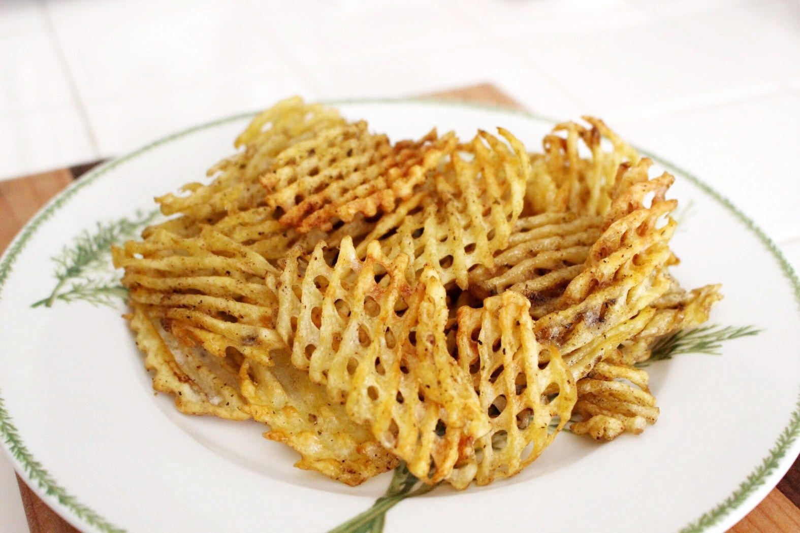 how to make waffle fries by hand