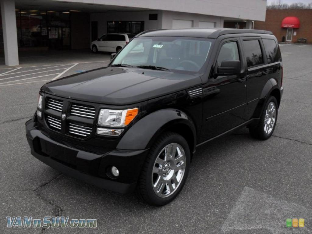 View Of Dodge Nitro Heat Photos Video Features And Tuning Www