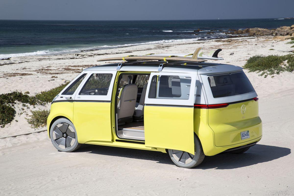 Volkswagen Will Bring You Its Buzzy Next Gen Electric Bus In 2022 Electric Van Volkswagen Electric Cars