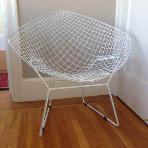 I Just Found This White Wire Chair For 150 On Trove Check It Out Http Trve Co 6d1 Chair Wire Chair Saucer Chairs
