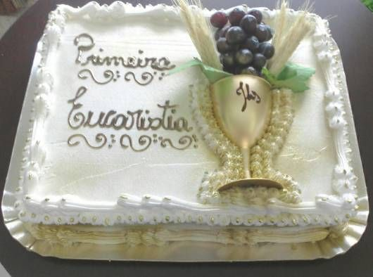 bolo simples de primeira comunhão