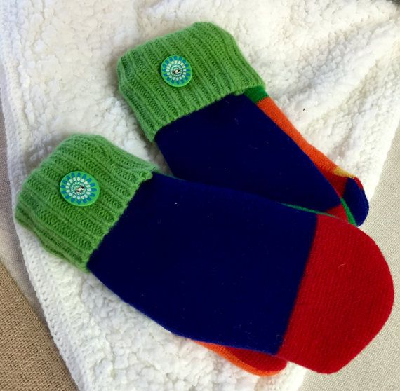 Sweater Mittens,Up cycled Mittens,Preppy Mittens,J Crew Mittens,Wool Mittens, Colorful Mittens,Striped Mittens,Felted Mittens,Navy Red Green