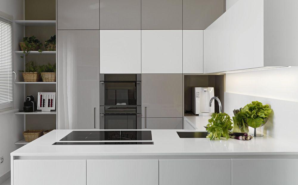 Keukeneiland T Opstelling : Halfopen keukeneiland optie voor opstelling niet vanwege kleur