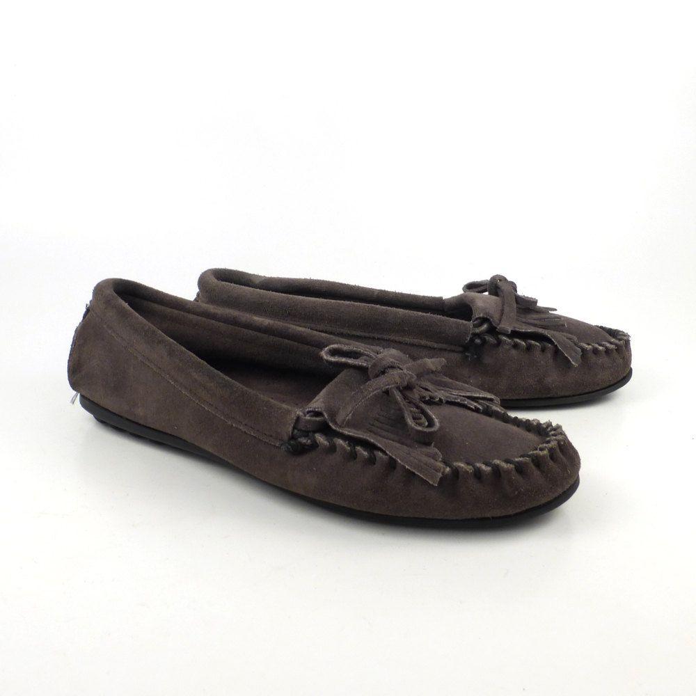 Vintage Minnetonka Women/'s gray suede moccasins slip on shoes 8 M
