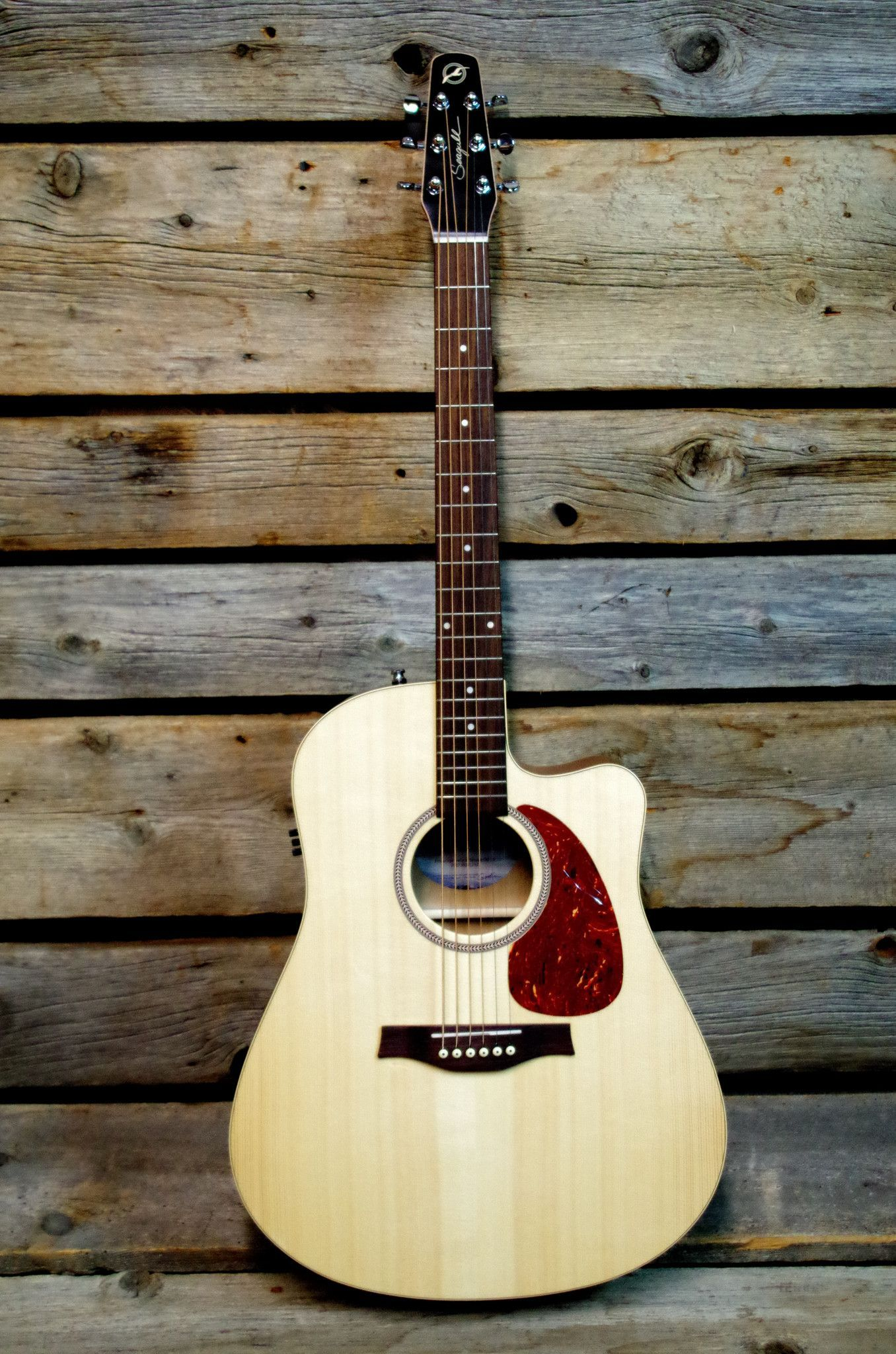 Seagull Entourage Natural Spruce CW QI Acoustic Electric Guitar