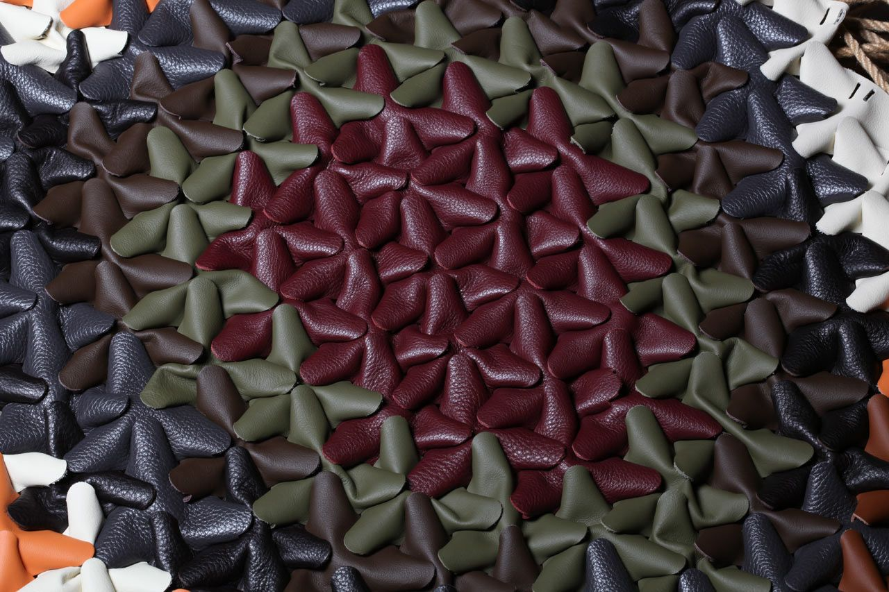 """Hive: Leather Patches Create 3D Upholstery Textiles"""""""