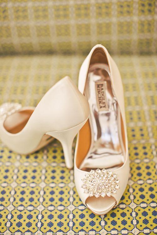 Zapatos con aplique brillante