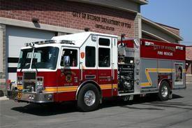 "Hudson Fire Department   Engine Rescue 27-9  2006 KME ""Predator"" (KME s/o 6478)  2000/650/30 foam/Rescue  Cummins ISL 400hp/Allison 3000EVS/Hale QMAX200-23L/FoamPro  photo by Neal A. Van Deusen"
