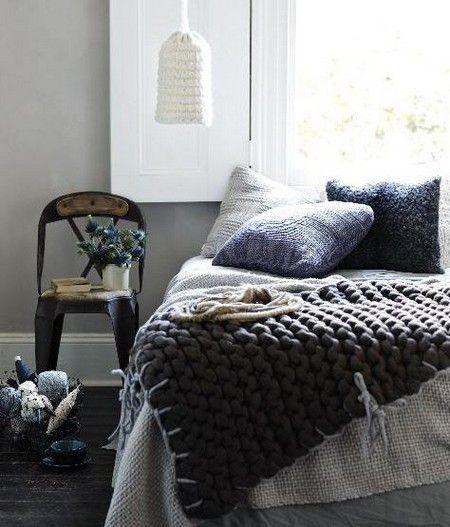 Romantic Winter Bedroom Design