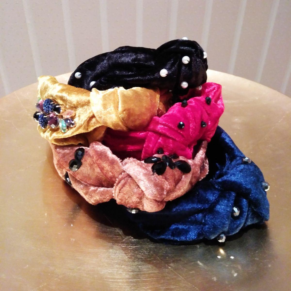 Missperla.es - Diadema turbante. Diadema de terciopelo para lucir en   looknavideños estas fiestas. Es totalmente personalizable. ae4c96b674a