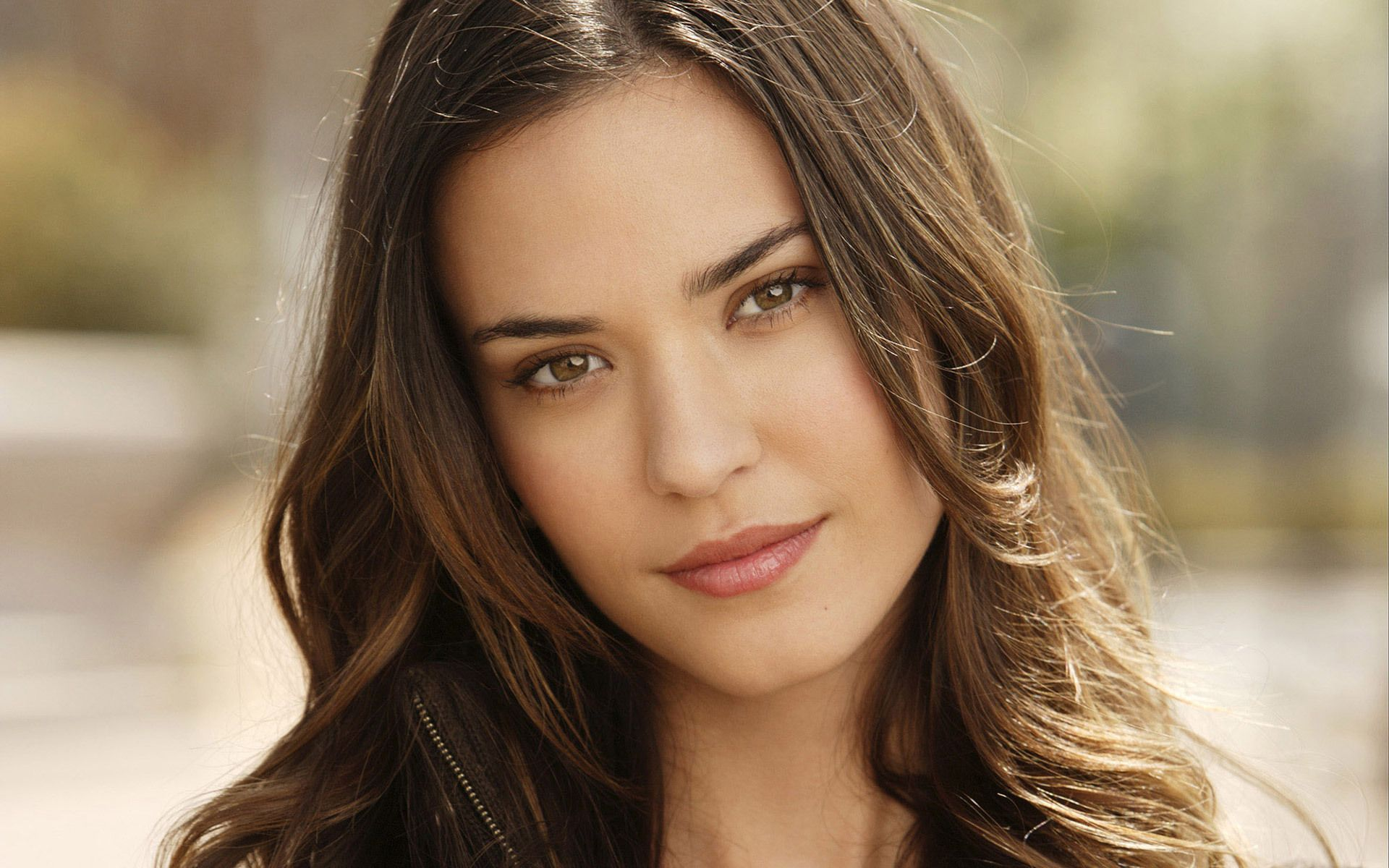 Odette Yustman Wallpaper Odette Yustman Beauty Beauty Girl Odette Annable