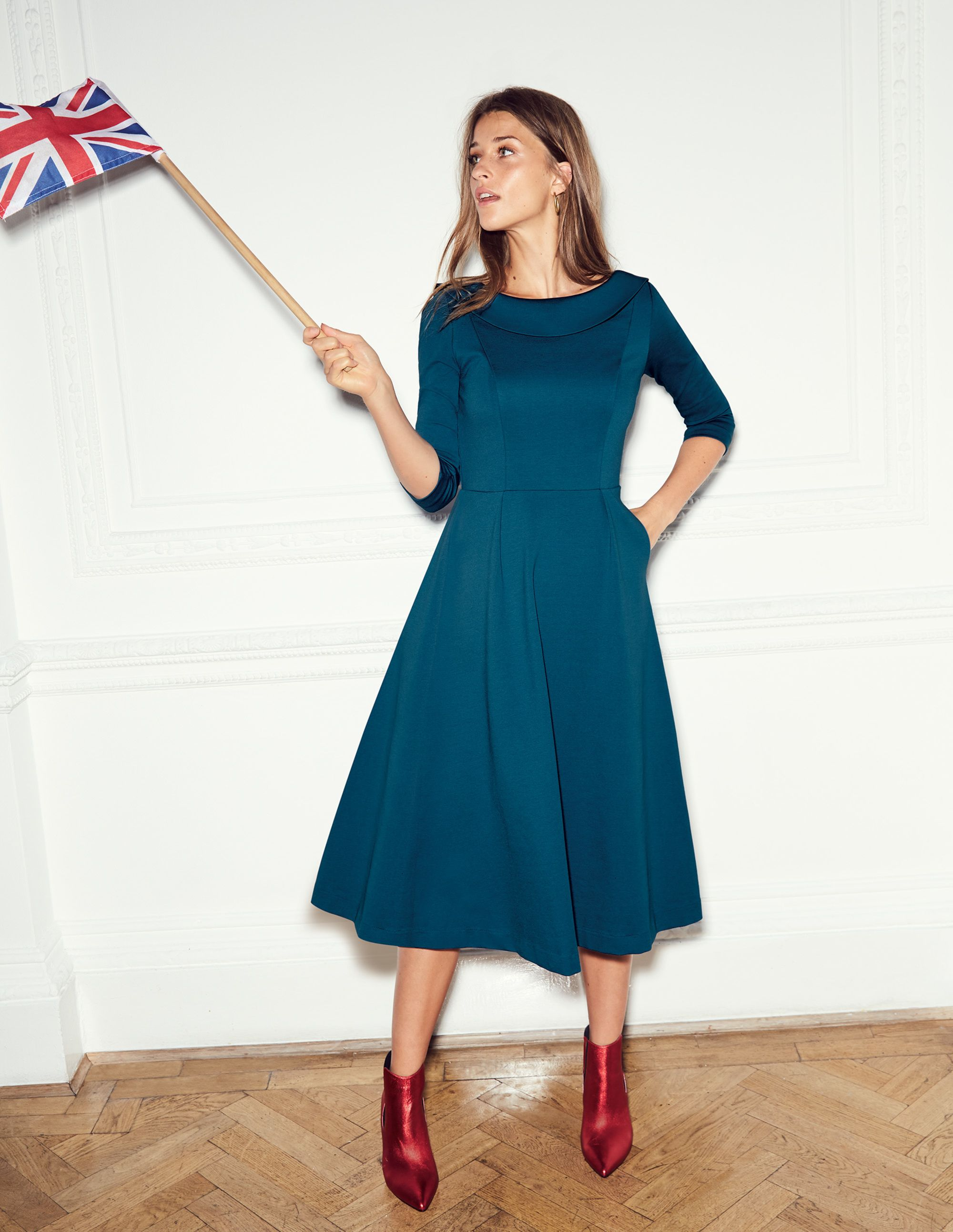 Maddie Ponte Midi Dress J0291 Special Occasion Dresses at Boden ... fa9fcb3b1