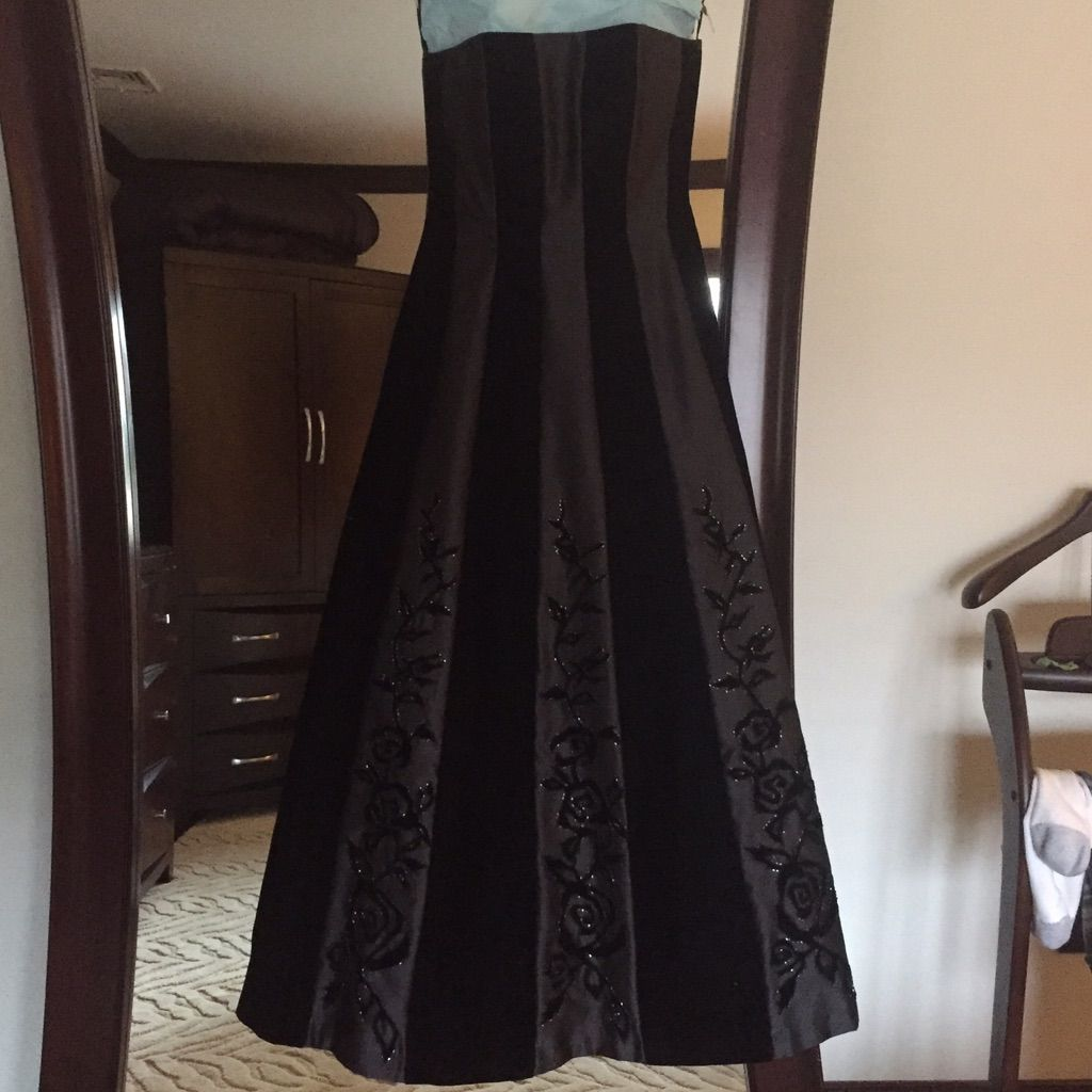 Cache Ball Gown   Ball gowns and Products