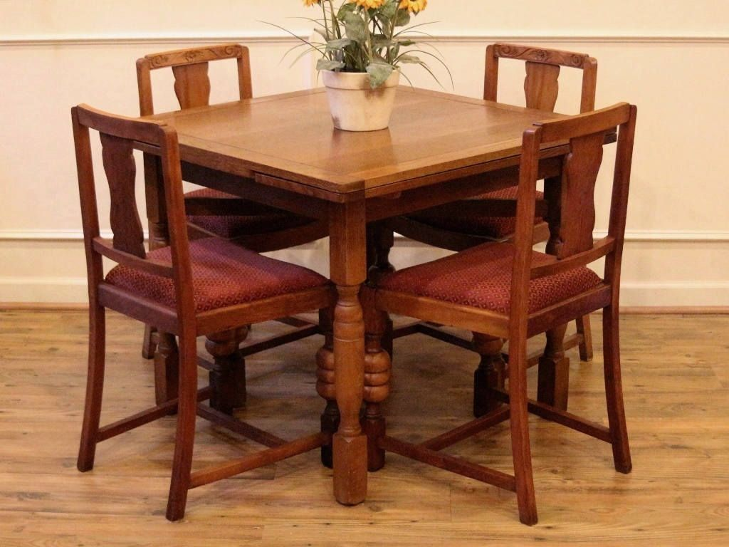Antique English Oak Draw Leaf Pub Dining Table And 4 Chairs Dining