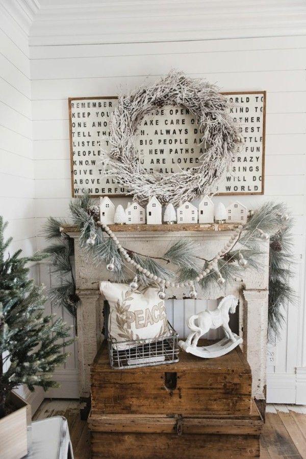 Weihnachtsdeko Landhausstil weihnachtsdeko landhausstil rustikale holzmöbel weiße dekoartikel