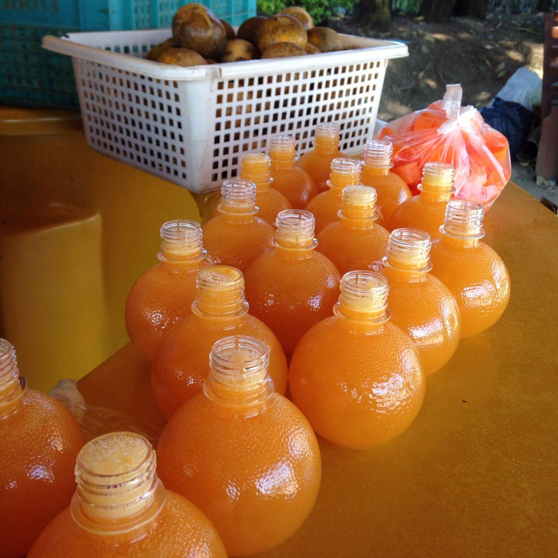 Thai Orange Juice 100
