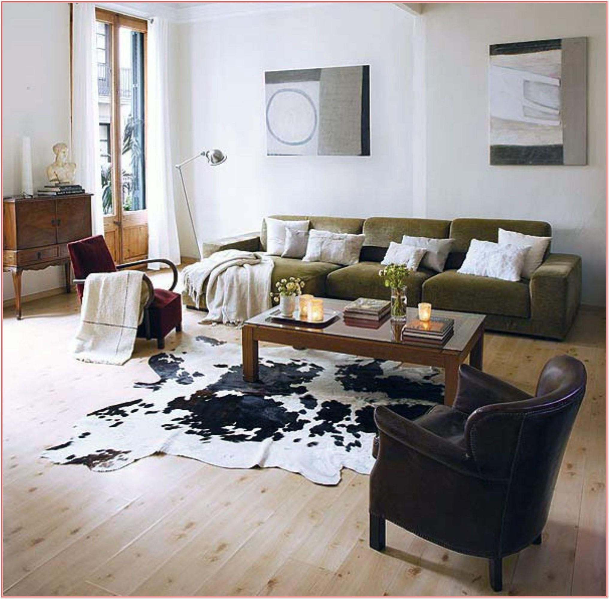 50 Lovely Living Room Design Ideas For 2020: Dark Cowhide Rug Living Room Ideas By Kenneth Woods Di 2020