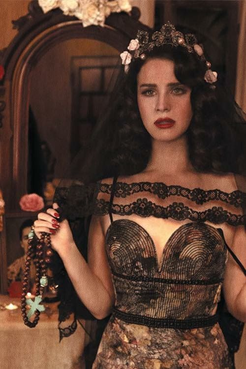 But No Really She's a Siren #LanaDelRey