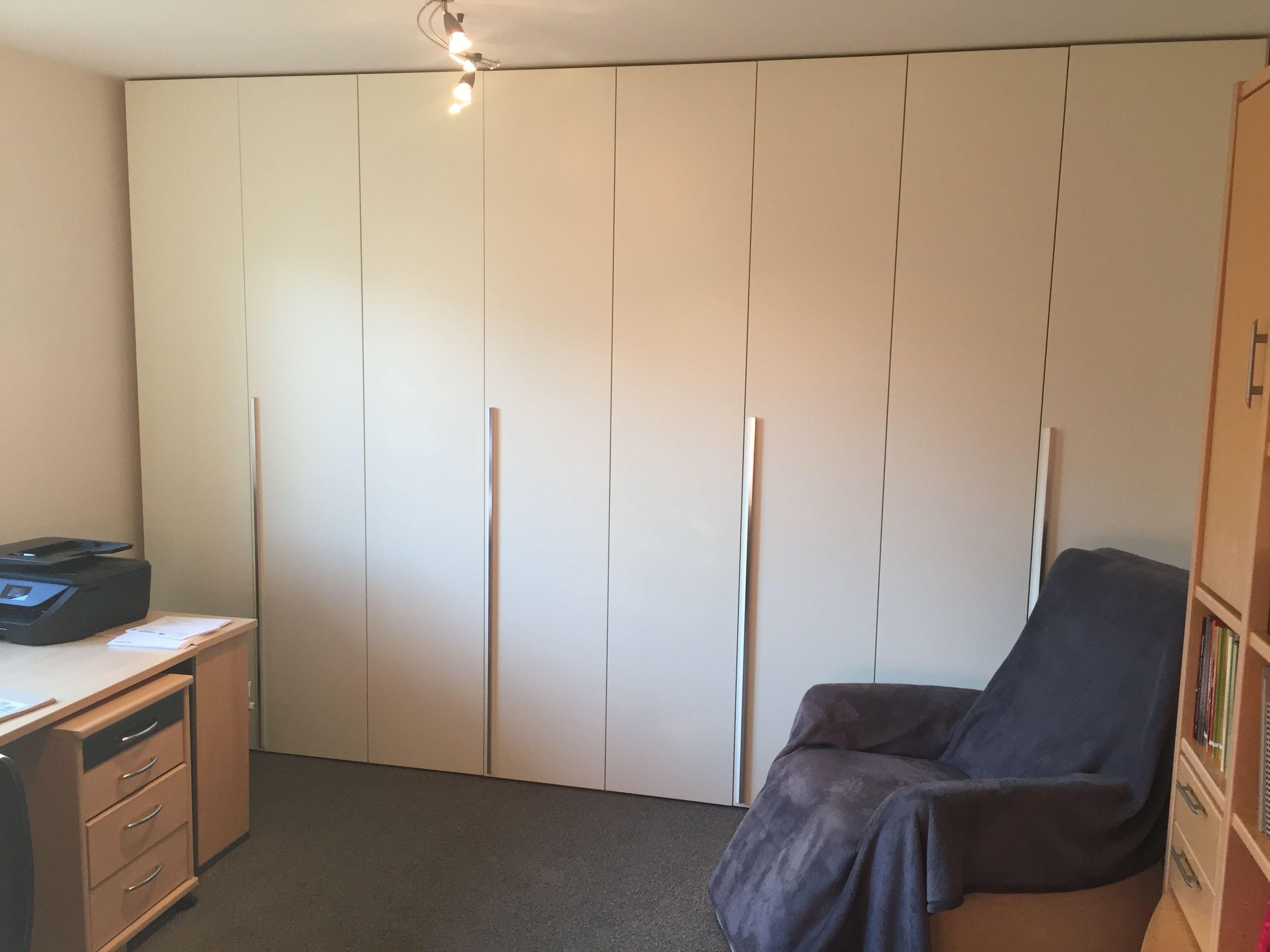 Einbauschrank Veitshöchheim 8 Türen Ral S 0505 G80y Lackiert