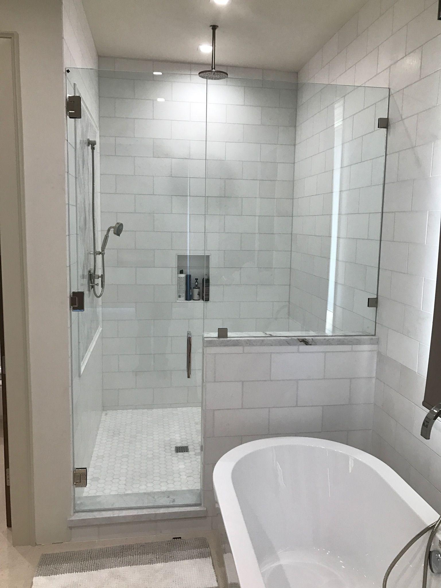 Corner Shower With Stand Alone Bathtub On The Side Bathroom Design Bathroom Design Layout Simple Bathroom
