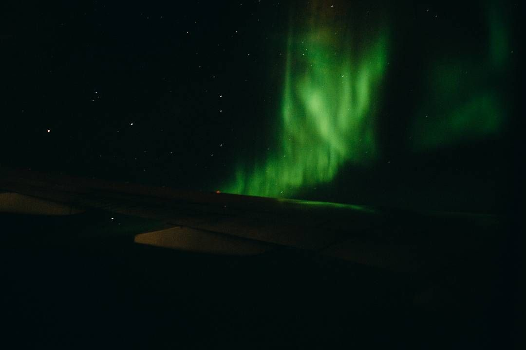 #Tbt to flying through the #NorthernLights on my way to Hong Kong || #30000feet