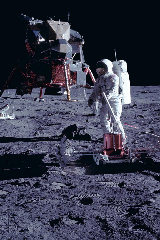 7291c6bccc3789e7402b6f190a541086 - How Long To Get To The Moon Apollo 11